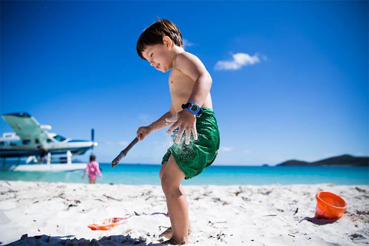Επιλέξτε όμορφα παιδικά μαγιό με αντηλιακή προστασία