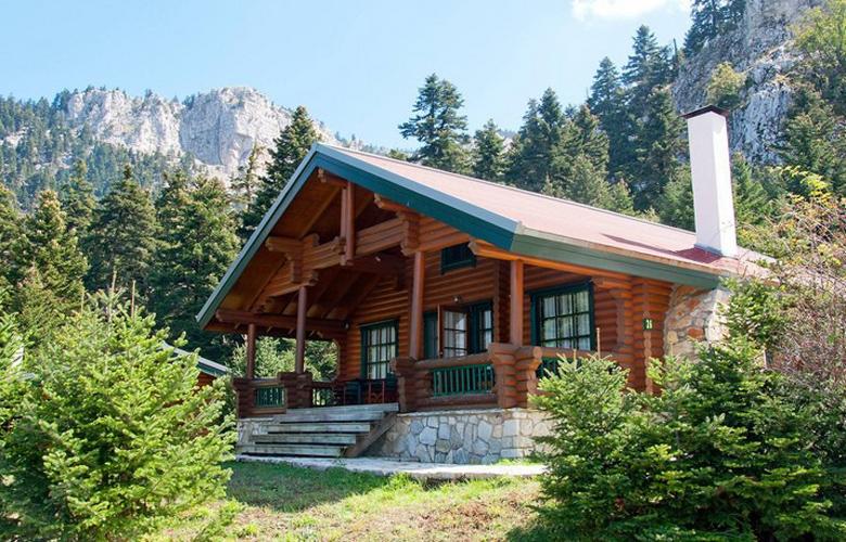 Ονειρεμένα ξύλινα σπιτάκια για… να πάρετε τα βουνά