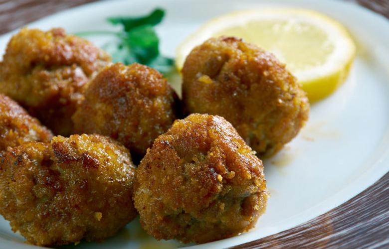 Επτά γευστικά στέκια για όλους στο Παγκράτι