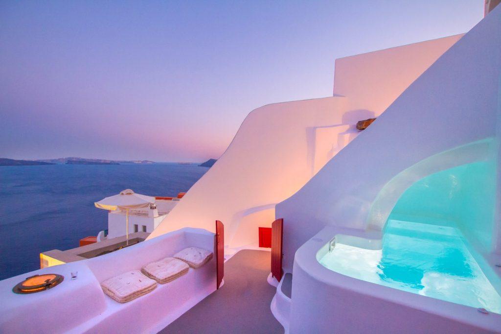 Αυτό είναι το πιο περιζήτητο σπίτι της Airbnb στην Ελλάδα και η ιστορία του