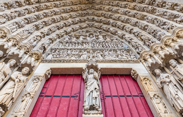 Τα top 9 μέρη για να επισκεφτείτε στην Αμιένη της Γαλλίας