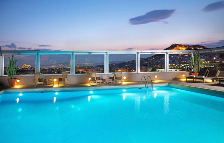 Divani Caravel pool ok