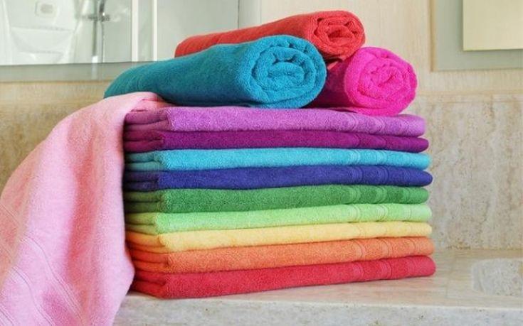 Πώς φεύγει η μυρωδιά της μούχλας από τις πετσέτες