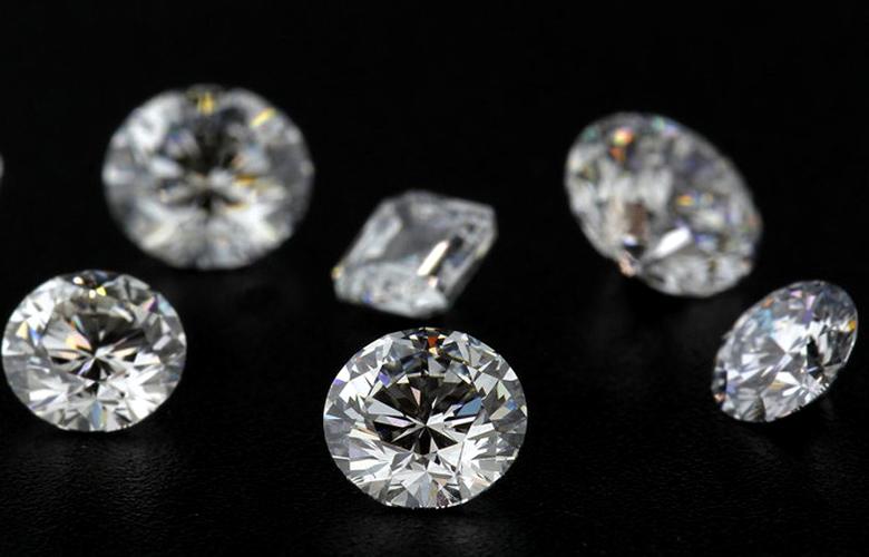 H De Beers φέρνει τα… διαμάντια του σωλήνα
