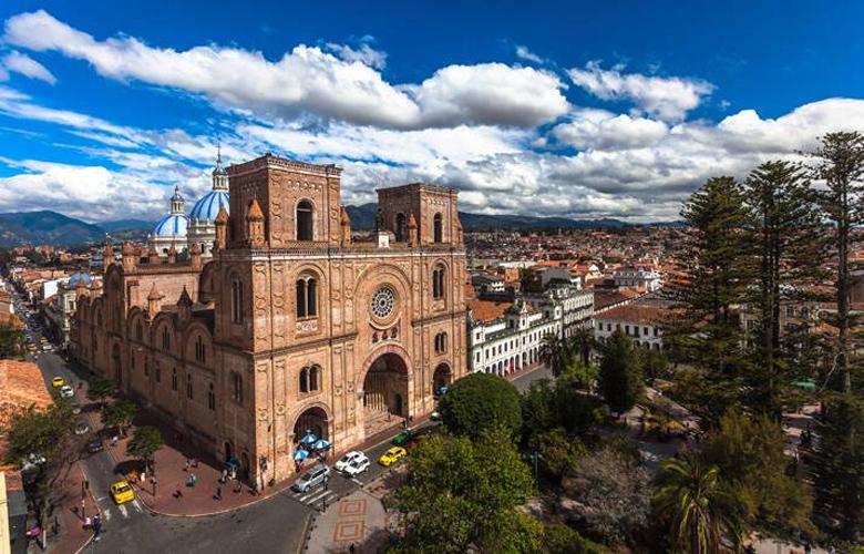 Κουένκα, μια όμορφη αποικιακή πόλη του Ισημερινού