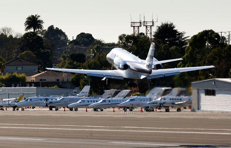 Πώς, πού, πότε και γιατί χρησιμοποιούν οι βαθύπλουτοι τα ιδιωτικά τους αεροπλάνα