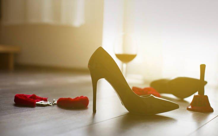 «Ο σύζυγός μου προτιμά να πάρει φαγητό απ' έξω και να αράξει στον καναπέ παρά να κάνουμε σεξ»