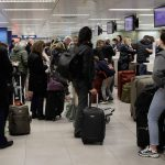 «Έκρηξη» των διεθνών αφίξεων στα ελληνικά αεροδρόμια τον Δεκέμβριο