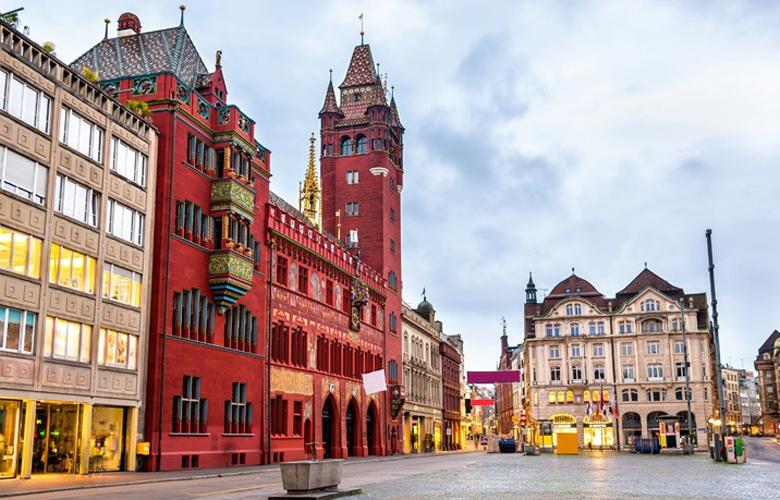 Βασιλεία, μια πόλη πλούσια σε πολιτισμό, κουζίνα και αρχιτεκτονική