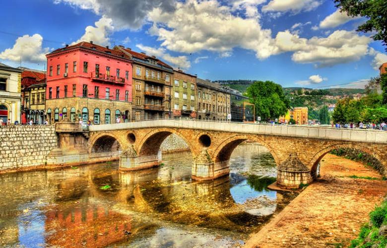 Σεράγεβο, η πόλη όπου η ανατολή συναντά τη δύση