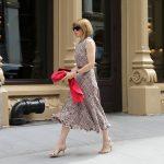 Η «ιέρεια» του στυλ που άλλαξε τον τρόπο που ντύνονται οι γυναίκες