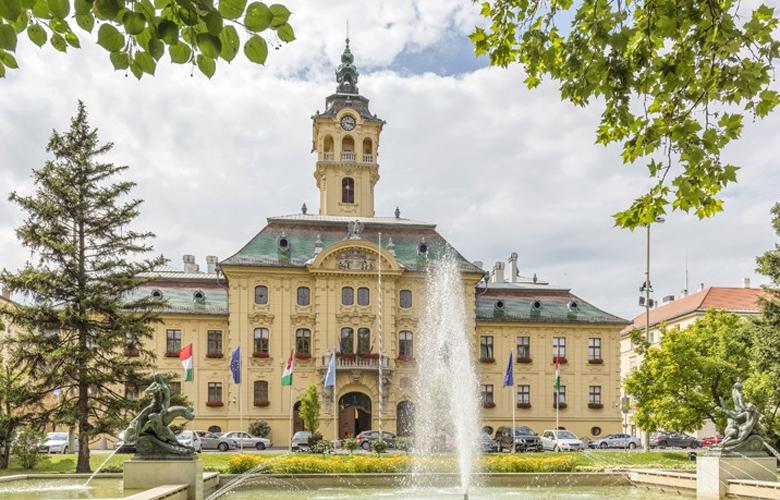 Σέγκεντ, η πόλη της Ουγγαρίας με τη νεανική ατμόσφαιρα