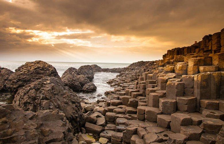 «Μονοπάτι του Γίγαντα», ένα εντυπωσιακό δημιούργημα της φύσης στη Βόρεια Ιρλανδία