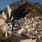 Το ορεινό χωριό της Καρπάθου όπου «το πάνω χέρι έχουν οι γυναίκες»
