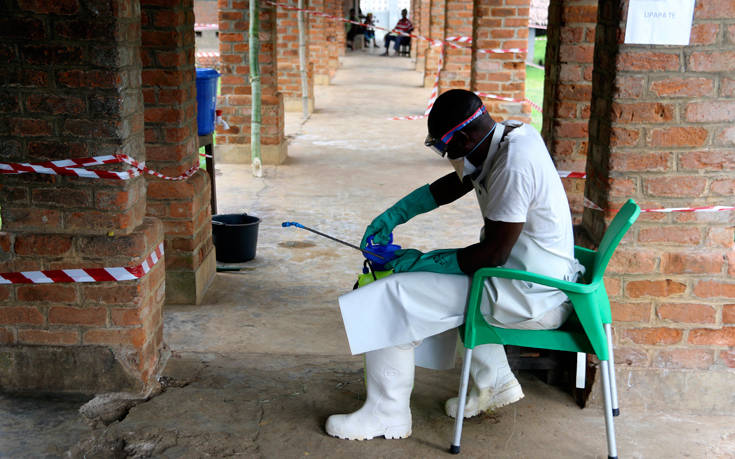 Θερίζει ο Έμπολα στο Κονγκό