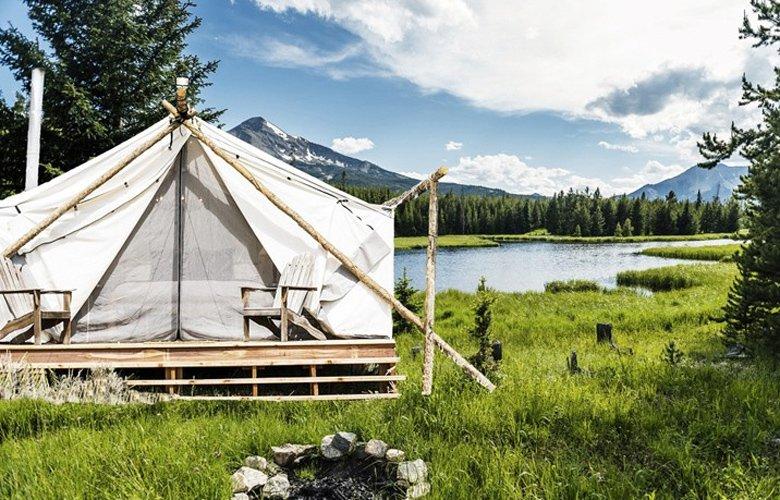 Οι πολυτελείς σκηνές Collective Retreats σας κάνουν να ξανασκεφτείτε την εμπειρία του ξενοδοχείου