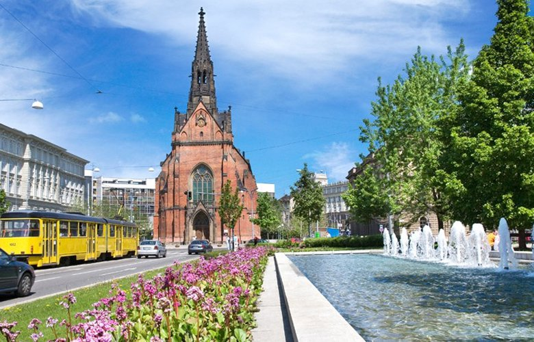Μπρνο, η πόλη που συνδυάζει την ήρεμη ατμόσφαιρα με το μεσαιωνικό σκηνικό