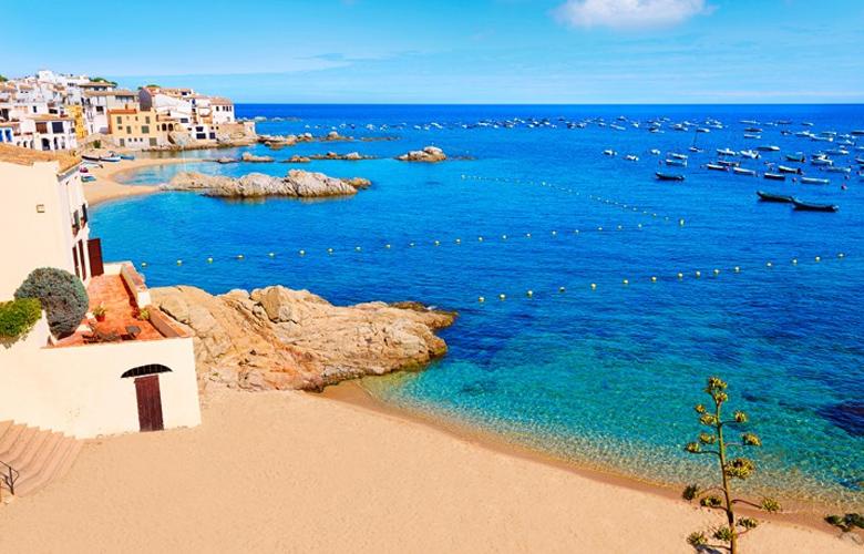 6 λόγοι για τους οποίους πρέπει να επισκεφθείτε τη Χιρόνα της Ισπανίας