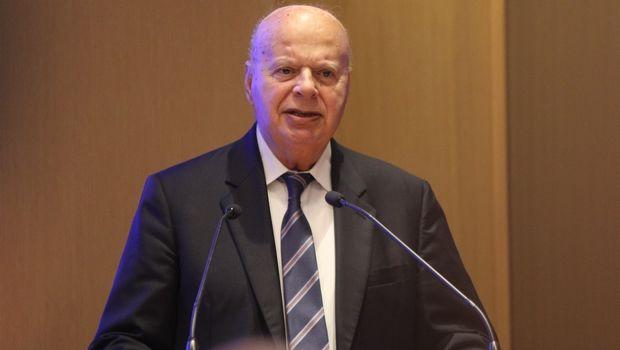 """Βασιλακόπουλος: """"Ας χτυπούν εμένα, δεν με πειράζει"""""""