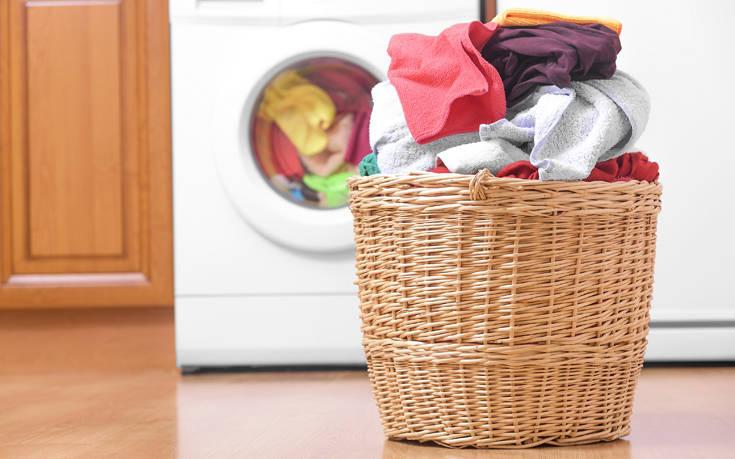Πώς να μυρίζουν όμορφα τα ρούχα χωρίς μαλακτικό