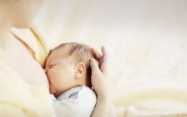 Εγκυμοσύνη και θηλασμός μειώνουν τον κίνδυνο πρόωρης εμμηνόπαυσης