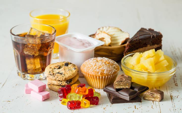 Η ζάχαρη είναι για τον εγκέφαλο σαν εθιστικό ναρκωτικό, βρίσκει νέα μελέτη