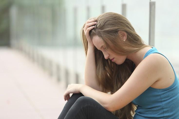 Τα 7 κριτήρια για να καταλάβεις αν χρειάζεται να πας σε ψυχολόγο ή σε ψυχίατρο