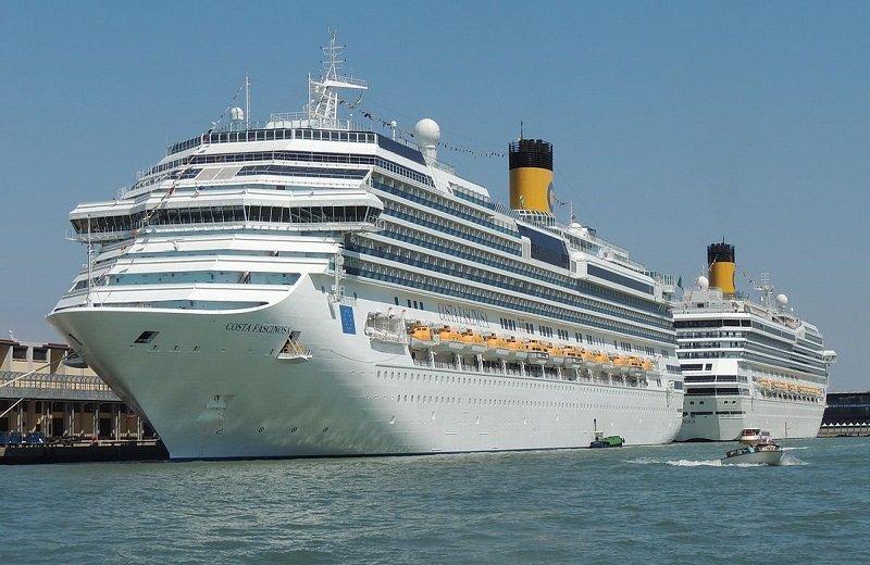 Ιταλικός ναυτιλιακός κολοσσός αναστέλλει τις κρουαζιέρες στη Μεσόγειο