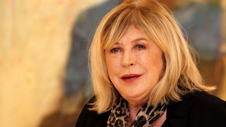 Κοροναϊός: Σε νοσοκομείο του Λονδίνου η Μάριαν Φέιθφουλ, βρέθηκε θετική στον ιό