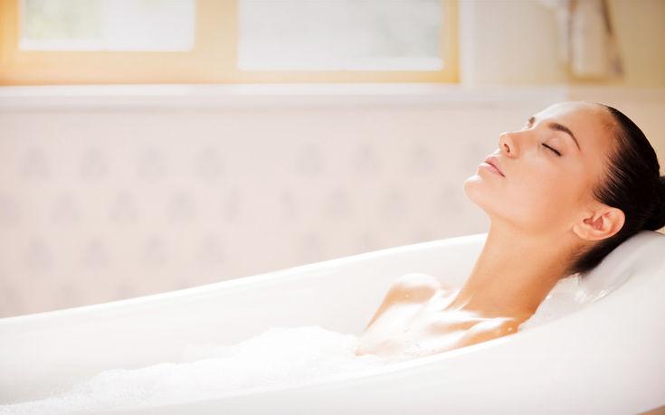 Δύο τρικ για να απολαμβάνεις περισσότερο το μπάνιο σου