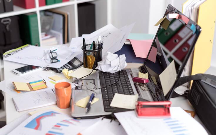 Το μεγάλο λάθος που κάνεις τώρα που δουλεύεις από το σπίτι