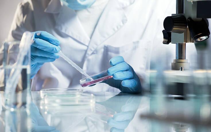 Παραμένουν τα ερωτηματικά για τη χορήγηση πλάσματος σε ασθενείς με κορονοϊό