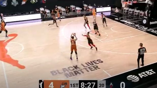 WNBA: Διαστημική Τοράσι, με τέσσερα τρίποντα πίσω από τα 9 μέτρα