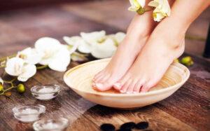 Τι θα γίνει αν βάλετε τα πόδια σας στο ξίδι για 15 λεπτά – Newsbeast
