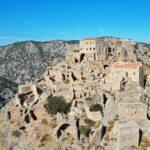 Ο εντυπωσιακός Μυστράς του Αιγαίου με τους θρύλους και τους πειρατές – News.gr