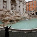 rome fontanaditrevi italy ap