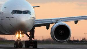ΗΠΑ: Ολα τα Boeing 777 με τον κινητήρα Pratt&Whitney PW4000 ακινητοποιήθηκαν