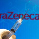 Νέο φίασκο με AstraZeneca: Θα παραδώσει λιγότερες από μισές δόσεις εμβολίων