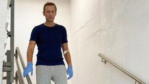 Ρωσία: Ο Ναβάλνι θα λάβει ιατρική αγωγή, αν πραγματικά είναι άρρωστος