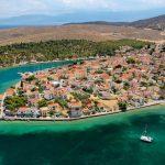 Η άγνωστη βυθισμένη γέφυρα της Ελλάδας και ο κρατήρας με τα νούφαρα – News.gr