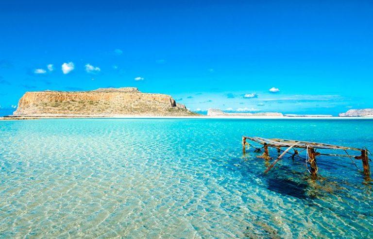 Το ελληνικό νησί που αποτελούσε το βασίλειο των πειρατών – News.gr