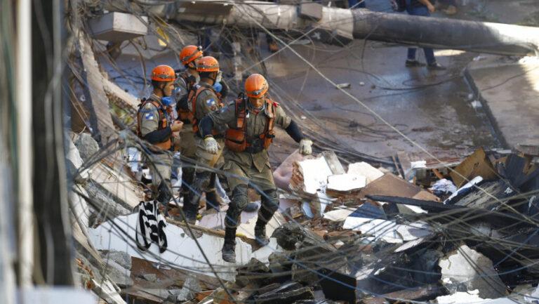 Βραζιλία: νεκροί μετά την κατάρρευση κτιρίου σε γειτονιά του Ρίο