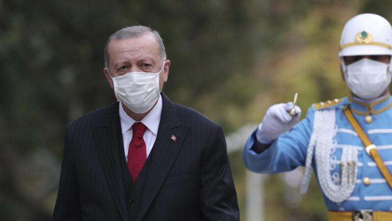 Ο Ερντογάν «δίνει το χέρι του» στον Μπάιντεν: Nα αφήσουμε πίσω τα προβλήματα