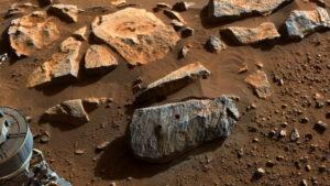 NASA: Μακρόχρονη έκθεση σε νερό «μαρτυρούν» τα πρώτα δύο πέτρινα δείγματα από τον Άρη