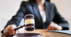 Στα πολιτικά δικαστήρια Ολυμπιακός και Παναθηναϊκός για την κεντρική διαχείριση των τηλεοπτικών
